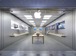Apple Store in Bentall Centre, Kingston London