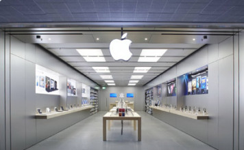 Apple Store in Bentall Centre, Kingston London