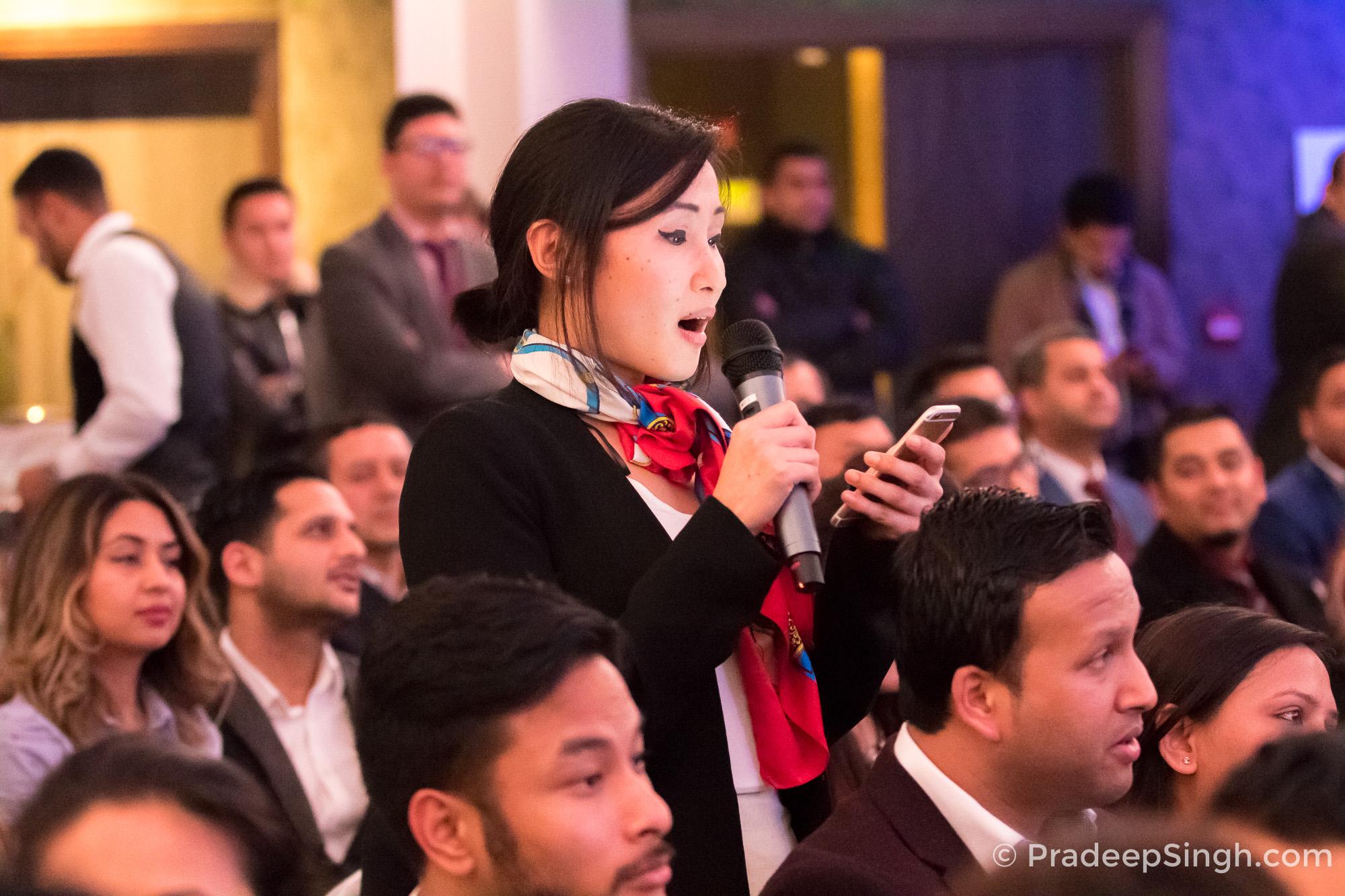 Jinita Pandhak Questions at Binod Chaudhary London Pradeep Singh Photo-1400