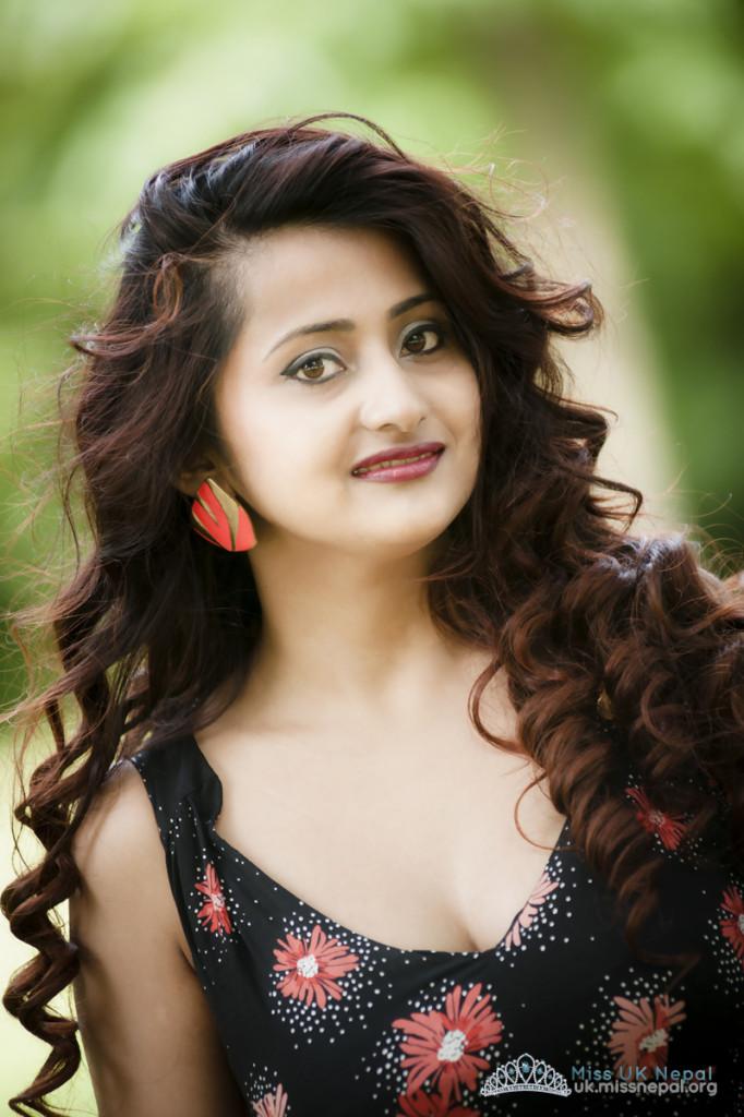 Rosy Oli Miss UK Nepal 2