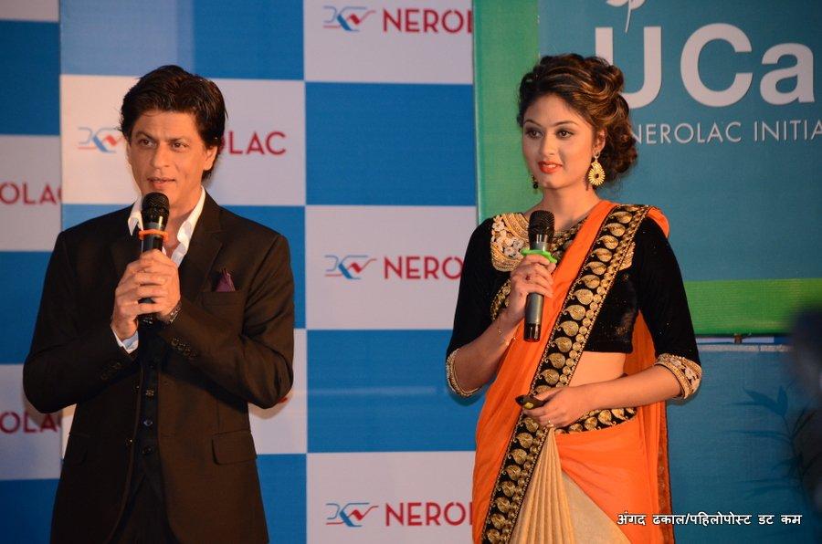 Shah Rukh Khan with Akesha Bista in Nepal