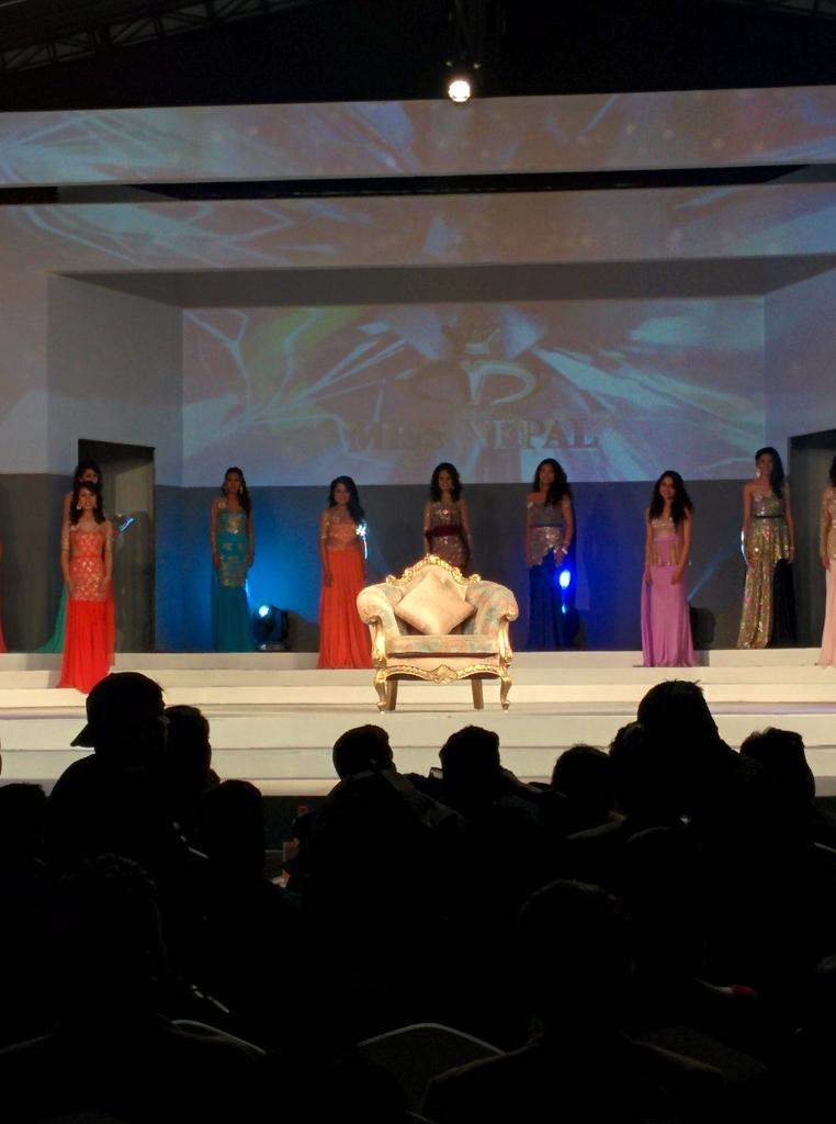 The throne is waiting Miss nepal 2015